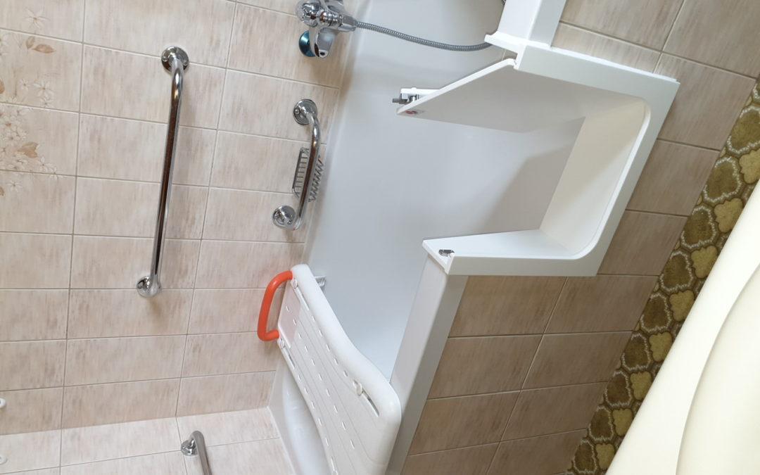 Installer une porte de baignoire ?